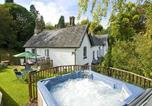 Location vacances Chirk - Brookside Manor House-1