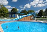 Camping avec Piscine Divonne-les-Bains - Camping Les Bords de Loue-1