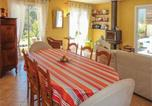 Location vacances Tautavel - Four-Bedroom Holiday Home in Paziols-2