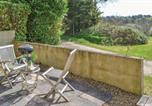 Location vacances Saint-Servais - One-Bedroom Holiday Home in Trebrivan-3