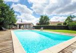 Location vacances Montreuil - Comfortable Holiday Home with Private Pool in Loire-1