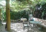 Location vacances Sanlúcar la Mayor - Chalet with 3 bedrooms in Espartinas with private pool enclosed garden and Wifi-2