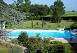 Location vacances Saint-Pey-de-Castets - Gites Le Mathelin-1