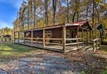 Location vacances Bridgeport - Hooah Cabin Retreat with Grill and Step Free!-2