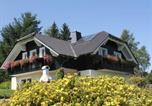 Location vacances Altenfeld - Charming Apartment in Frauenwald near the Forest-3