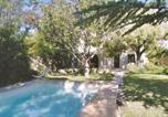 Location vacances Pernes-les-Fontaines - Holiday Home Pernes Les Fontaines Impasse Des Castanes-1
