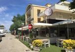 Location vacances  Province de Rimini - Appartamenti Orfeo-2