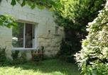 Location vacances  Loir-et-Cher - La Petite Maison Blanche-1