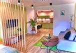 "Location vacances Jelenia Góra - Apartament ""Green Wall""-2"