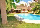 Location vacances Sant Cebria de Vallalta - Authentic holiday villa in Sant Pol de Mar, just 250 meters from the beach-1
