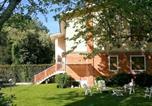 Location vacances Montignoso - I Frarivi Apartments-1