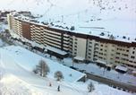 Location vacances Tignes - Appartements Le Shamrock - Hebergement + Forfait + Materiel de ski-1