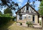 Location vacances  Calvados - House Les fleurs bleues-1
