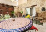 Location vacances Blauvac - House with one bedroom in Mazan with furnished terrace and Wifi-2