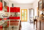 Location vacances Trontano - House with 3 bedrooms in Provincia del Verbano Cusio Ossola with wonderful mountain view furnished garden and Wifi 15 km from the slopes-2