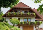 Location vacances Schuttertal - Charming Apartment in Schuttertal with Balcony-1