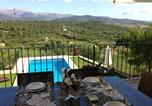 Location vacances Buger - Buger Villa Sleeps 13 Pool Air Con Wifi-2