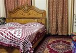 Location vacances Jaipur - Laptop-friendly Stay for Business Trips in close proximity to Airport-1