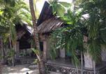 Villages vacances Moalboal - Ravenala Beach Bungalows-2