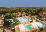 Camping avec Site nature Saint-Amand-de-Coly - Yelloh! Village - Lascaux Vacances-1