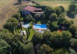 Location vacances Prevalle - Villa Ambrogia: large country manor with private pool next to golf course-1