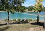 Camping 4 étoiles Murs-et-Gélignieux - Camping Les Trois Lacs du Soleil-1