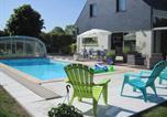 Location vacances Pontorson - Au Logis Des Pins Chambre d'Hôtes-1