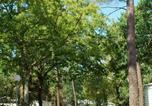 Camping avec Site nature Saint-Just-Luzac - Camping Les Pins de la Coubre-2