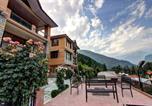 Location vacances Manali - Indraprastha Resort -big balcony and mountain view-2