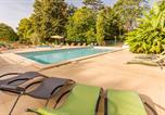 Camping avec Piscine couverte / chauffée Loches - Camping Le Petit Trianon -1