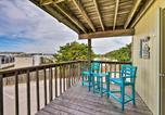 Location vacances North Topsail Beach - Emerald Isle Condo w/ Pool and Ocean Views!-2