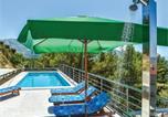 Location vacances Klis - Apartment Klis V-4