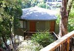 Villages vacances Lago Vista - Relaxing Waterfront Bungalow on Lake Travis, pool & hot tub, next to marina (#1)-2