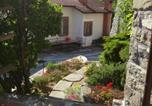 Location vacances Tresana - Casa Vacanze Nonna Nella-1
