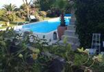 Location vacances Logonna-Daoulas - Roulotte de luxe vue mer 180° ,et un ha de verdure-1