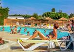 Camping Vaux-sur-Mer - Camping Flower Les Pins