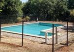 Location vacances Montcléra - Holiday Home Le Champ du Lac-2