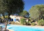 Location vacances Le Plan-de-la-Tour - Villa de 3 chambres a Le Plan de la Tour avec piscine privee jardin amenage et Wifi a 9 km de la plage-2