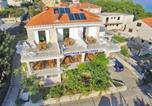 Location vacances Lumbarda - Guest House Lovrić-1
