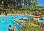 Camping avec Piscine Le Crestet - Camping Iserand-1