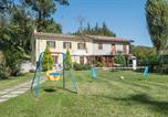 Location vacances Auditore - Four-Bedroom Holiday Home in Casinina-1