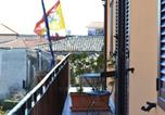 Location vacances Belpasso - Apartment with one bedroom in Nicolosi with furnished balcony and Wifi 15 km from the beach-1