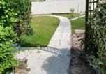 Location vacances Baguer-Pican - Au cœur du jardin-4