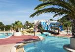 Camping avec Piscine Fleury - Camping Les Muriers-1