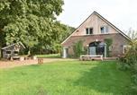 Location vacances Borken - Spacious Farmhouse in Aalten near Lake-1