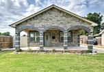 Location vacances Oklahoma City - Oklahoma City House with Yard - 10 mins to Downtown!-1
