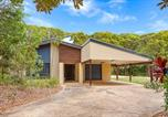 Location vacances Urangan - 18 Naiad Court - Rainbow Shores, Modern Beach House, Walk to Beach-1