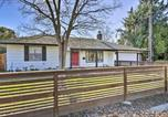 Location vacances Davis - Central Sacramento Home with Pool - Mins to Downtown!-3