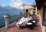 Location vacances  Province de Brescia - Lovely Apartment in Vello near Lake-1