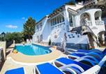 Location vacances Benissa - Benissa Villa Sleeps 8 Pool Air Con Wifi-1